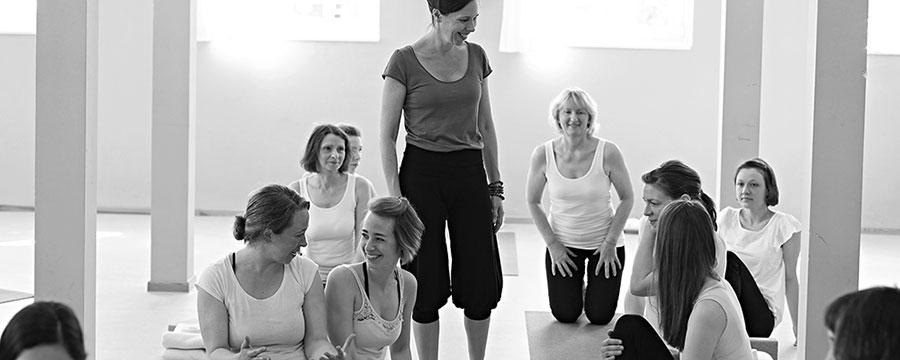 Yoga Ausbildung Yoga Jetzt Im Jugendstilbad Darmstadt